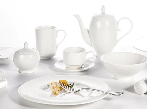 Lager Vs. Ale  -  porcelain dinnerware made in germany